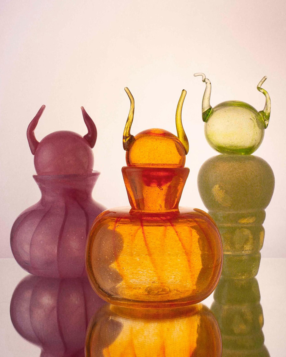 HEVEN Horned Glass Carafes
